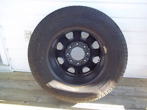 8 Bolt rim and tire for 3/4 or 1 ton chev / GMC Windsor Region Ontario image 3