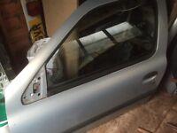 Renault Clio 1.2 passenger door 3 door mv632