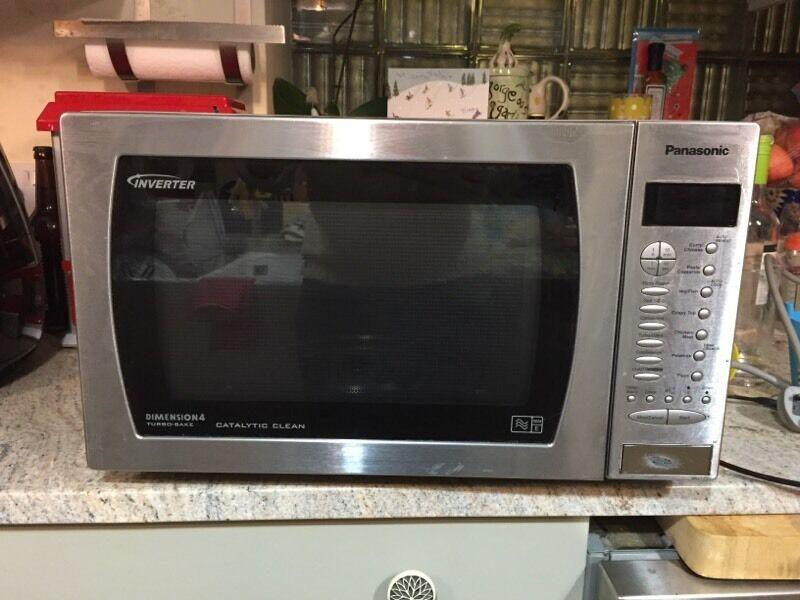 Panasonic Inverter Dimension 4 Turbo Bake Microwave In