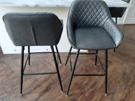 Breaxfast/Bar stools