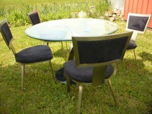 set, mobilier de salle à diner