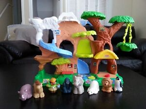 Fisher Price Little People Zoo with Animals