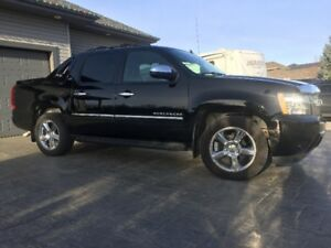 2012 Chevrolet Avalanche LTZ 4WD - Fully Loaded
