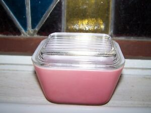 Mid-Century Pink Pyrex Glass Refrigerator Container & Lid