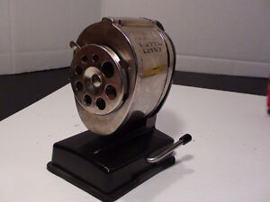 ANCIEN AIGUISE CRAYON BOSTON VACUUM MOUTH METALSHARPENER 70's