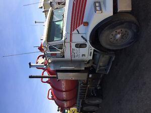 2001 Freightliner vac truck