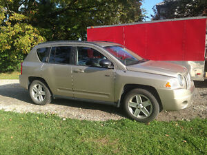 2010 Jeep Compass North FWD SUV, Crossover