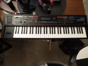 Roland Juno Di Synth  ( Loaded and Emaculate )