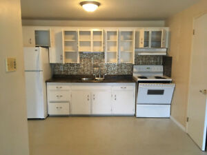 Spacious two bdrm Minutes from UdeM! First month 1/2 PROMO