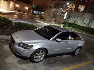 Volvo S40 - TRADE for Pick Up Truck