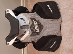 Leatt Fusion 2.0 chest and neck protector