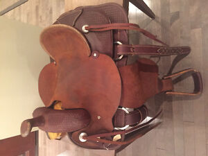 """Brand new, 15"""" western saddle, never before used!!!"""