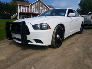 Dodge charger 2014 police pack tres propre inspection Saaq fait