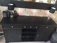Sideboard/dresser/buffet