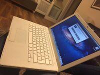 Apple MacBook A1181 2.0Ghz Intel Processor, 2GB ram, 80GB hard drive