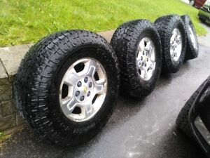 Almost New Toyo Open Country All Terrain II 285/75/R17 LT