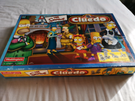 Collectible Simpsons Cluedo game 1st ed. with pewter pieces
