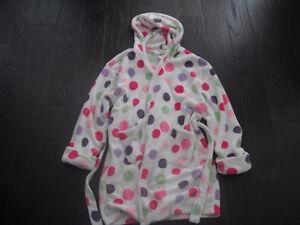Girls Gap Kids Polka Dot Super Soft Robe With Hood Size 12 London Ontario image 1