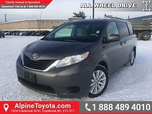 2012 Toyota Sienna LE   AWD, power seats, dual power doors!