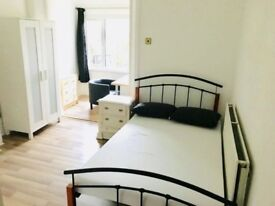 Lovely Double Room is waiting for YOU in Canning Town!! HURRY UP!!! 😜