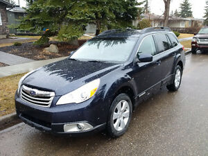 2012 Subaru Outback 2.5i Limited Wagon - Immaculate