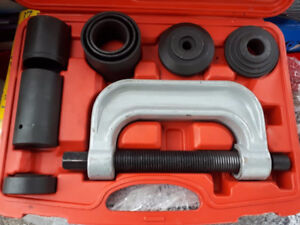 4-in-1 Ball-Joint Deluxe Service Kit Joint remover/installer