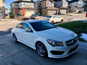 2014 Mercedes-Benz C-Class CLA 250 4MATIC Sedan