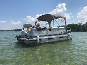 2005 prince craft pontoon 16.7