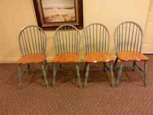 4 maple chairs