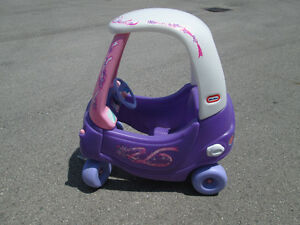 Little Tikes Cozy Couple Car