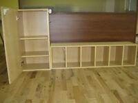 Meubles garderie, armoire + 6 casiers, table ronde en résine