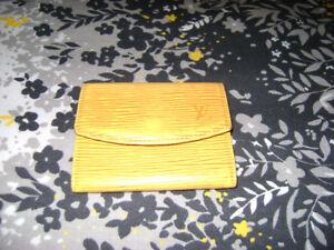 Louis Vuitton Epi Leather Coin-Card Wallet #CA1927 -- Authentic