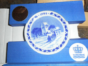 1984 1985 royal copenhagen mini plates china blue