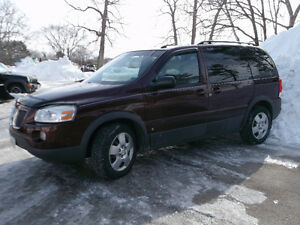 2008 Pontiac Minivan FOR SALE BY OWNER