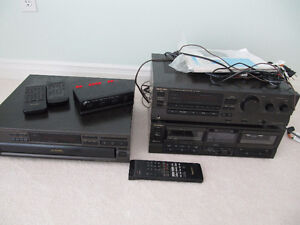 Technics stereo set with speakers