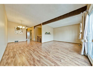 Dalhousie –Sunny 2 Beds Suite-1095 or 4 beds-1650 , walk to LRT