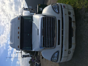 2005 Frieghtliner Columbia FOR SALE!!!