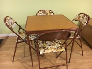 RETRO Card Table with 4 Metal Folding Chairs from 70's for Sale!