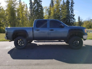 LIFTED 2010 GMC Sierra 1500 4×4