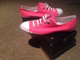 Converse Neon Pink size 8