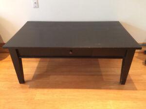 Table basse, table à café, ou meuble télé