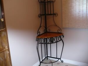 Corner Rot-Iron and wooden shelves unit