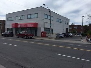 EXECUTIVE RETAIL STORE/OFFICE SPACE for LEASE