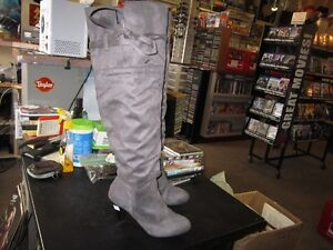 Ladies Tall Boots Size 6 With A 3 Inch Heel