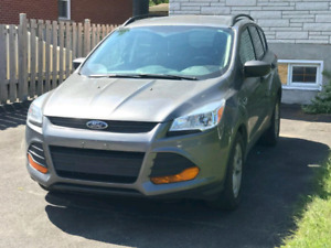 Vente voiture vus FORD ESCAPE 2014