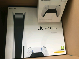 PS5 DISC CONSOLE & 1 EXTRA CONTROLLER