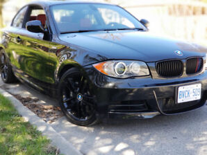 2010 BMW 1 Series 135i M-package MINT CONDITION &LOW KM