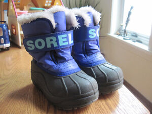 Size 9 Sorel Winter Boots Girl