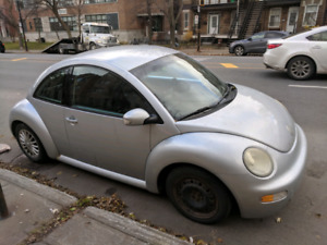 New Beetle -- 2003 -- 1500$ (excellente condition)