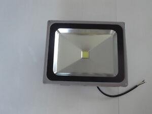 Projecteur LED 50w waterproof (FLOOD) 110-220v